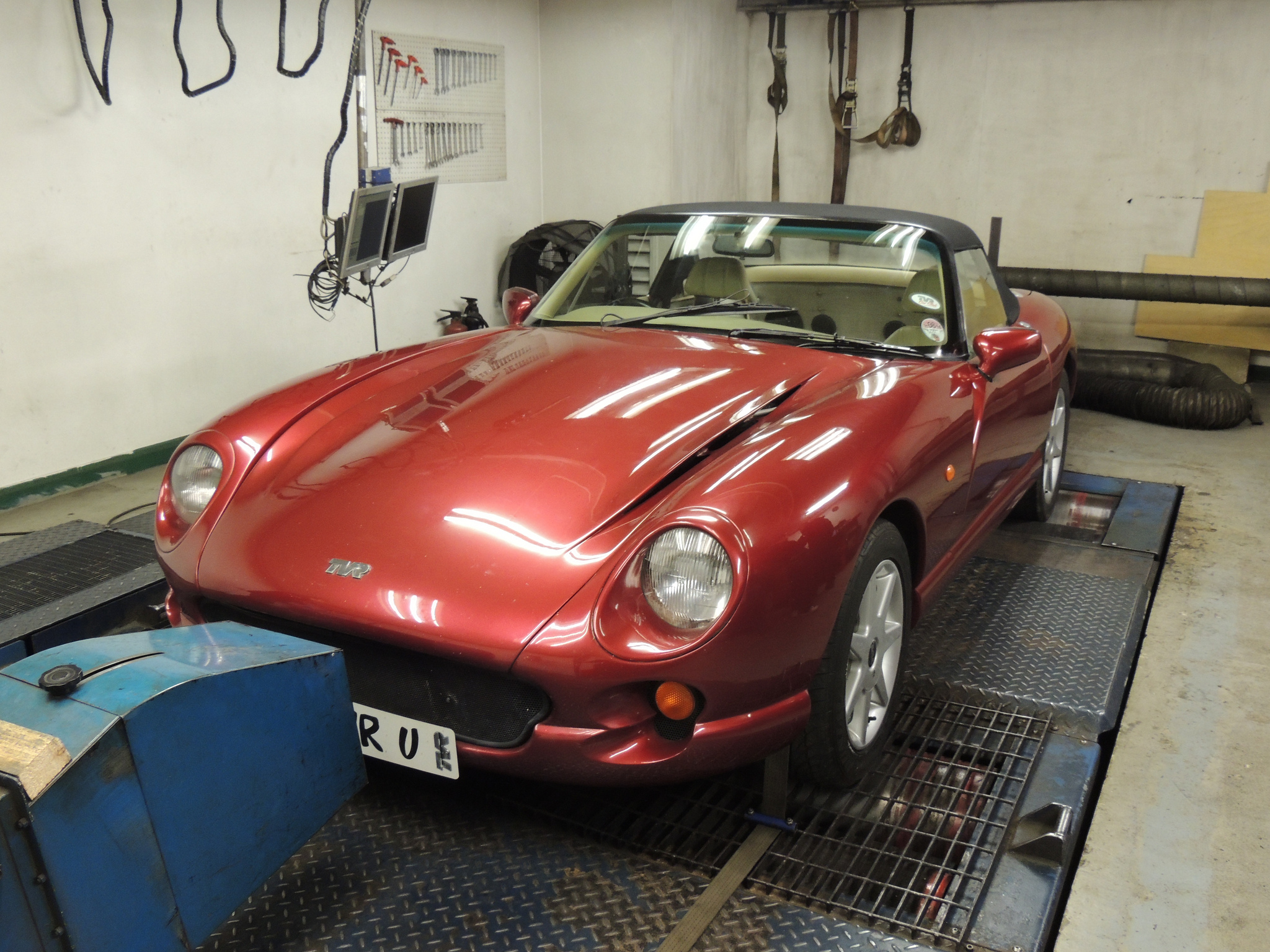 rollingroad Inspiring Tvr Griffith Wheel Nut torque Cars Trend